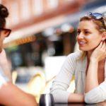 相手との距離感を縮めるための話題の作り方
